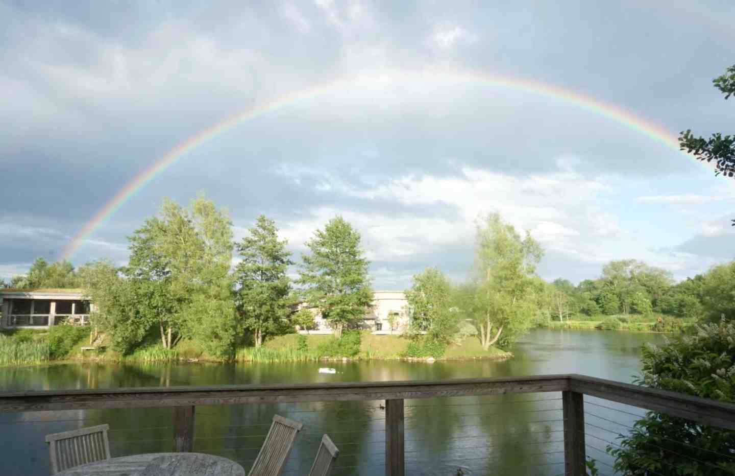 My Weekly Round Up And Sunshine at Brompton Lakes A
