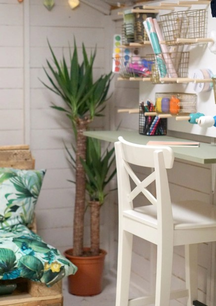 Creating a she shed, the perfect outdoor office/ craft room created with a garden shed and up cycling pallet's and great weekend project extraordinarychaos.com