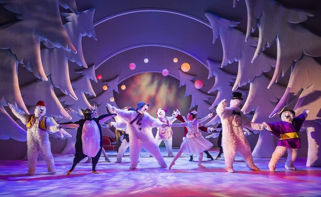 The Snowman showing at Manchester www.extraordinarychaos.com The Snowman 7 (credit Tristram Kenton) resized