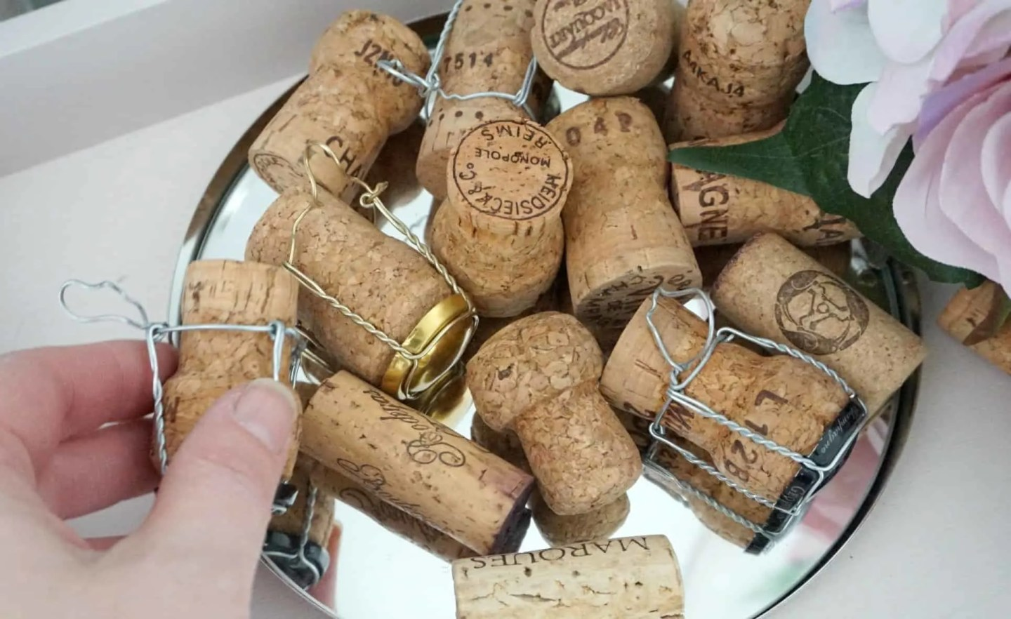 Using Corks in a Dome Lamp