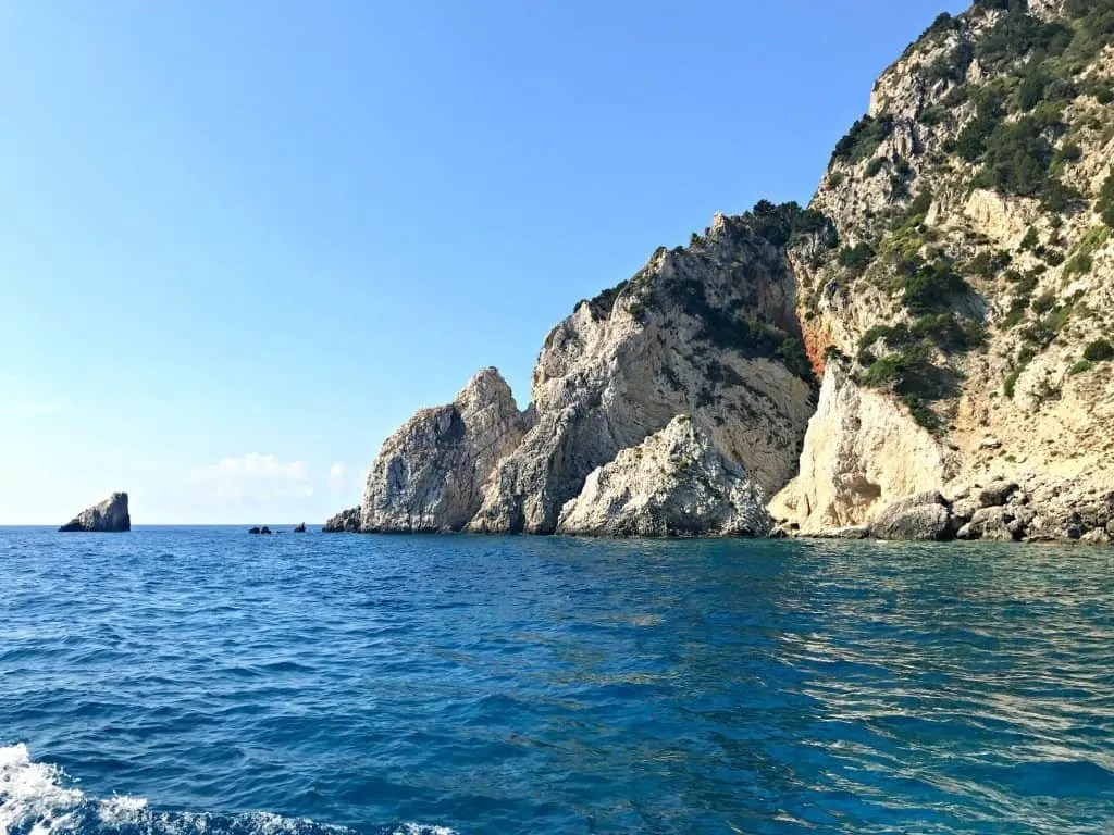 Tips for Island hopping and sailing holidays in Greece