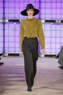 berliner_mode_salon_isabell_de_hillerin_2016-01_0088_300dpi_fashionshow_article_portrait