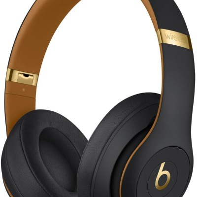 Beats juhtmevabad kõrvaklapid + mikrofon Studio3, midnight black