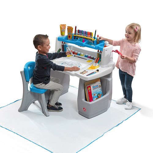 Step2 Deluxe Art Desk with Splat Mat 4549 was 9999