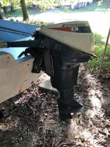 1971 9.5hp Evinrude on Back of Boston Whaler