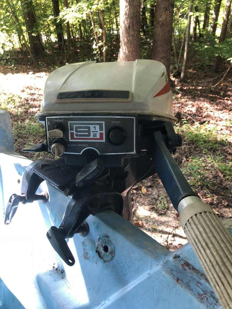1971 9.5hp Evinrude on Boston Whaler Port