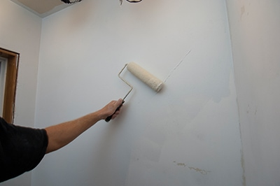 Skim Coating a Wall to Prep for Painting  Extreme How To