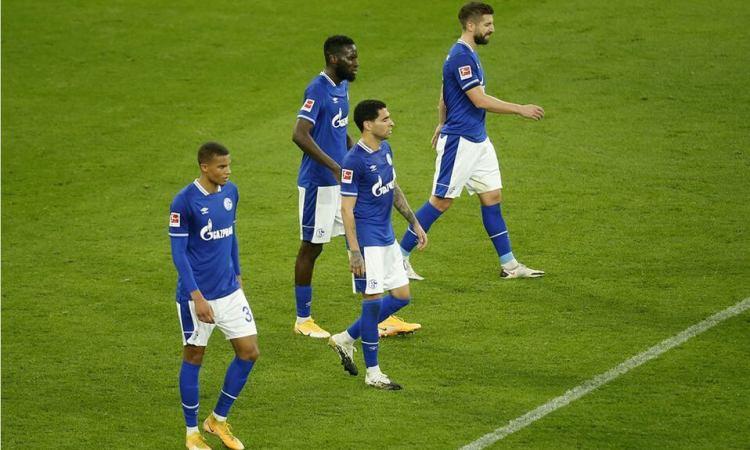 El Schalke 04 extiende su penosa racha sin triunfos en la Bundesliga