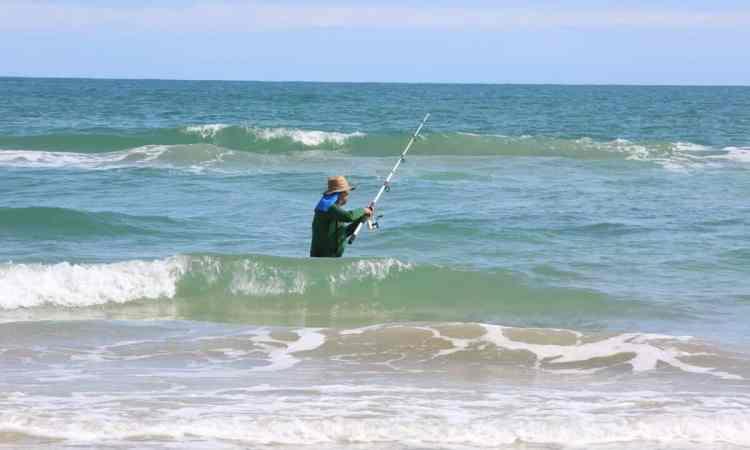 Invitan a pescar en La Pesca