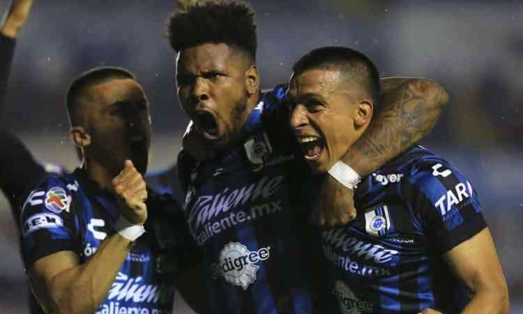 A pesar de la baja nómina, los Gallos ven posible eliminar a Santos en Repechaje