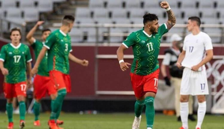 ALEXIS VEGA, DESTACADO POR FIFA ENTRE LOS MEJORES JUGADORES EN FASE DE GRUPOS