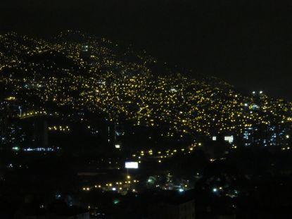Medellín noche.JPG