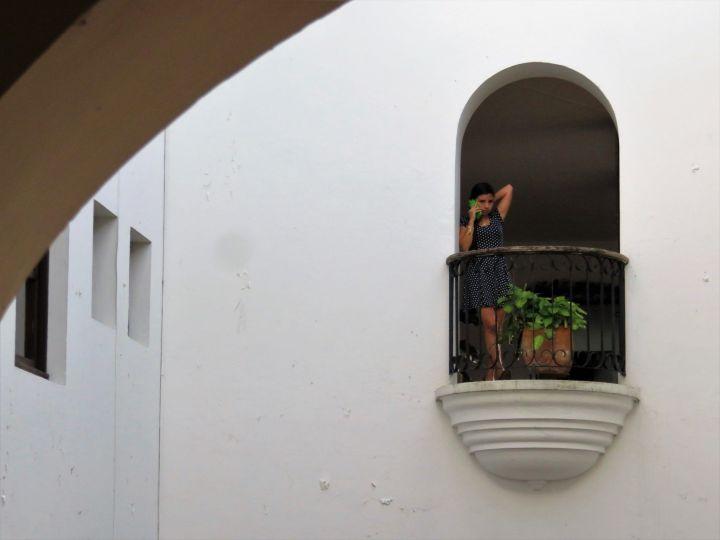 Patio interior y balconcito en Popayán