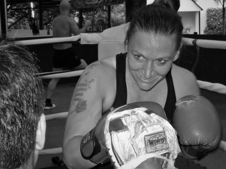 Gemma, británica, entrenando, Pattaya