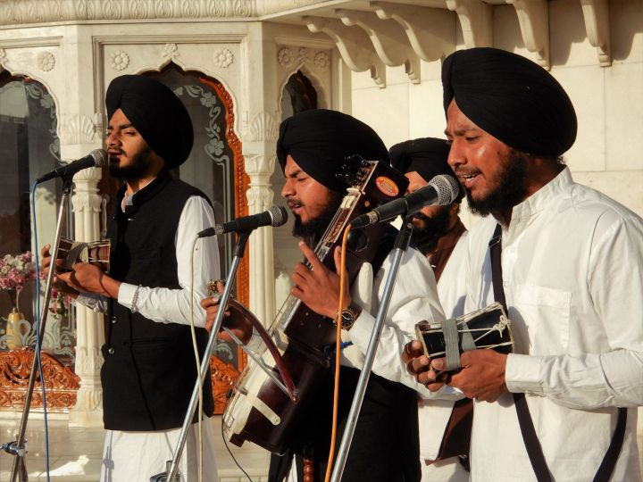 Músicos, Templo Dorado Golden Temple, Amritsar, India