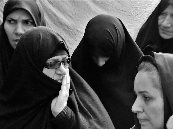 Arbein con chador, Iran