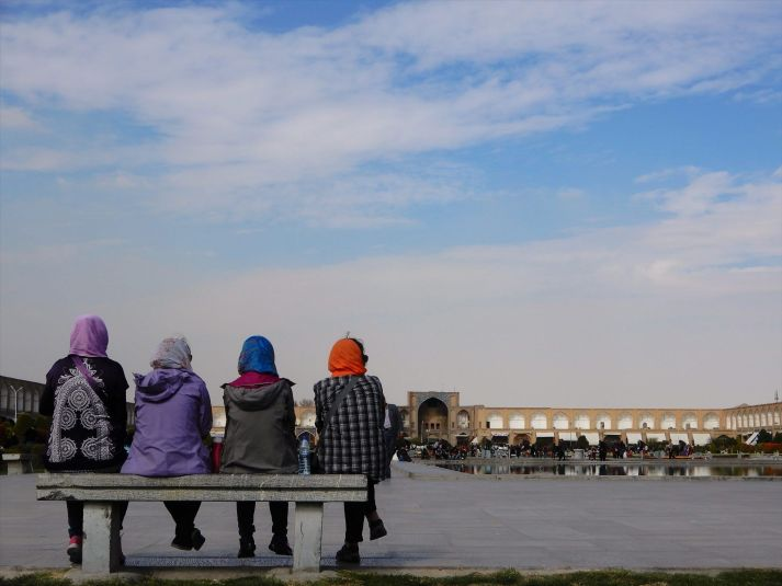 Turistas en Naghsh-i Jahan, Isfahan, Iran