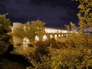 Puente Sio Se Pol Bridge, Isfahan, Iran