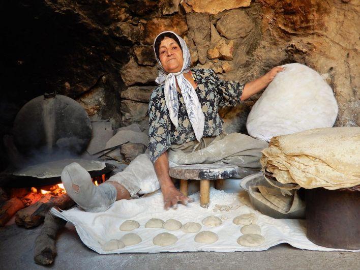Mujer Kurdistán pan