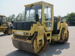 Bomag BW151AD-2 Double Drum Roller