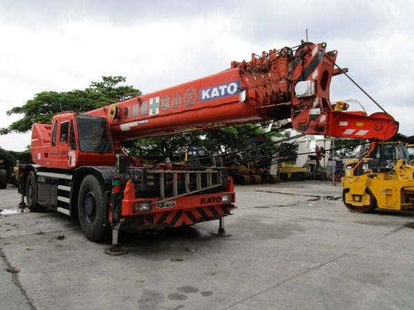 Kato KR50H-L Rough Terrain Crane