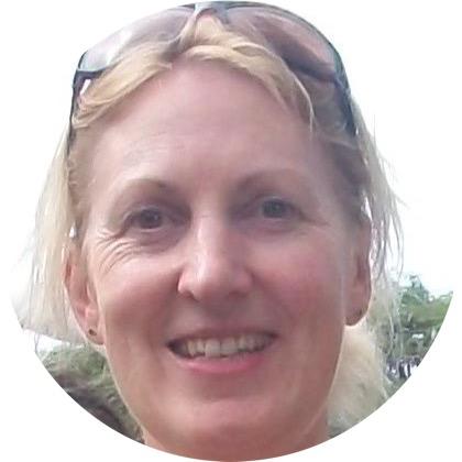 Meet Fiona Edwards - Holistic Health Professional & Yoga Instructor