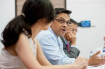 singapore-corporate-events-photography-round-table-discussion-wespac-02