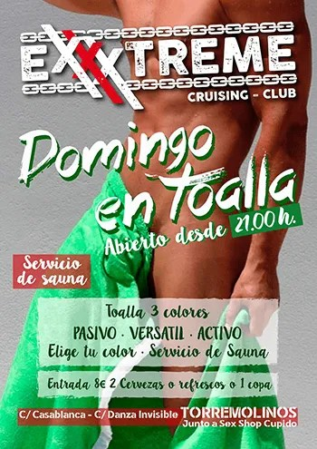 Domingo en toalla en EXXXTREME CLUB