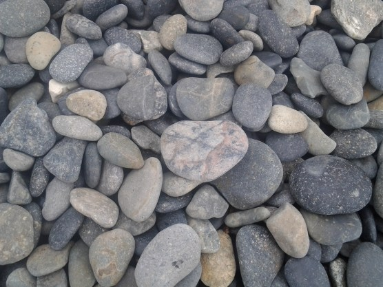 Rocks on Pebble Beach, Goje Island
