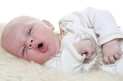 Bebeklerde öksürük neden olur