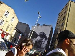 6. Belle de Mai / UNFRAMED 2013 /Le Gyptis Inside Out - Hors les Murs, Faîtes-vous tirer le portrait en (très) grand format dans la cabine photographique de l'Artiste JR ! Les 4 et 5 septembre 2014 / http://www.lafriche.org/content/le-gyptis-inside-out-hors-les-murs / http://www.insideoutproject.net./fr / http://www.lafriche.org/content/belle-de-mai-unframed-3 / © Laure JEGAT 2014