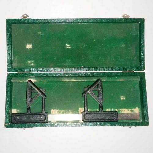 Hertel mirror exophthalmometer