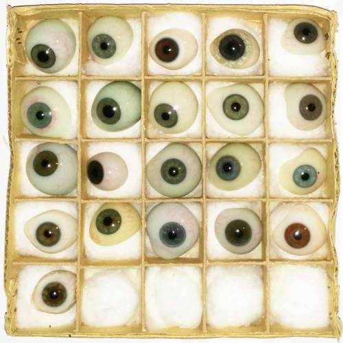 Blown Glass Prosthetic Eyes Second View - 1900