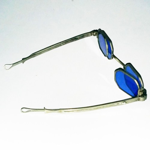 Four blue lens octagonal spectacles 1830