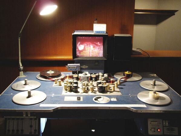 Moviola - Filmbearbeitungstabelle 1990