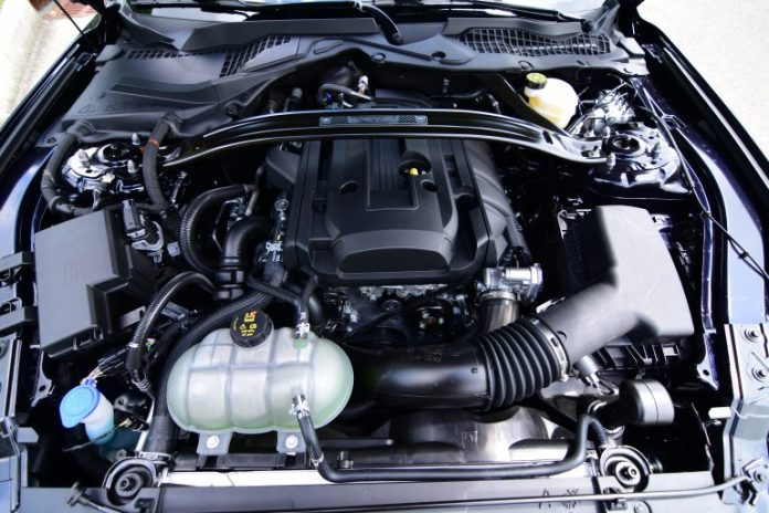 2021 ford mustang convertible ecoboost hpp engine