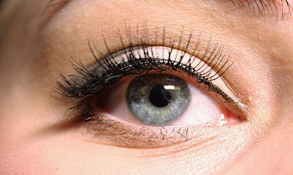 How Long Does the Eyelash Extension Application Process Take