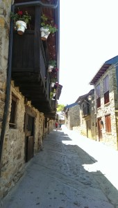 Main street of El Acebo