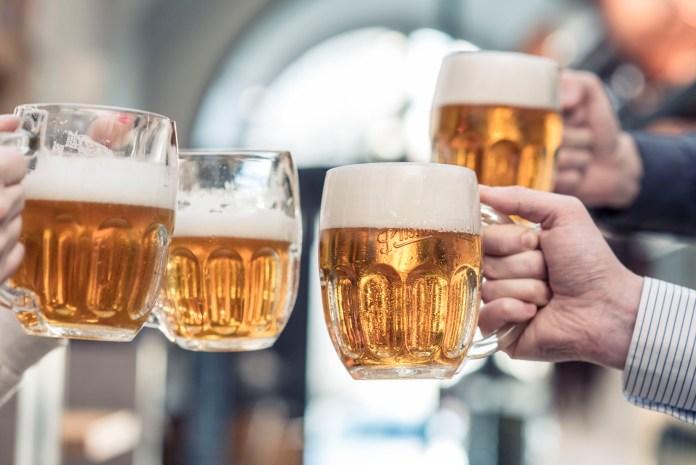 Za dobrým pivem se vyplatí přijít s přáteli
