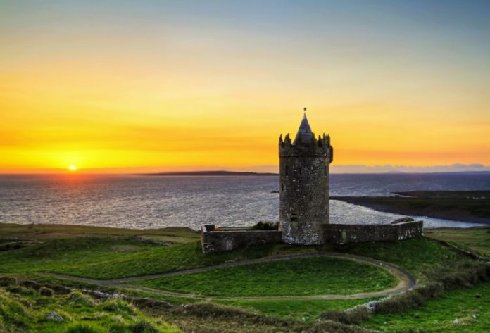 AD-Heres-Why-You-Definitelt-Need-To-Visit-Ireland-16