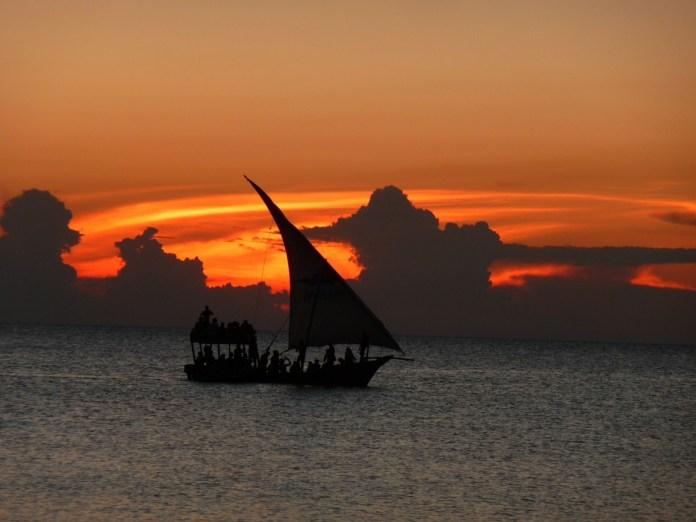 sunset-989458_1920