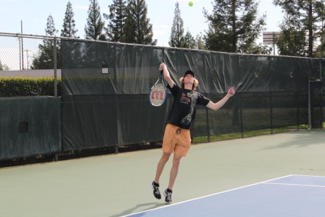 TENNIS: Boys defeat Oakmont Vikings for first time in 14 years