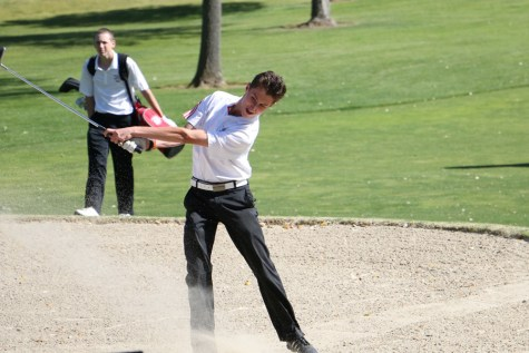 Boys golf finishes eighth in first tournament of the year