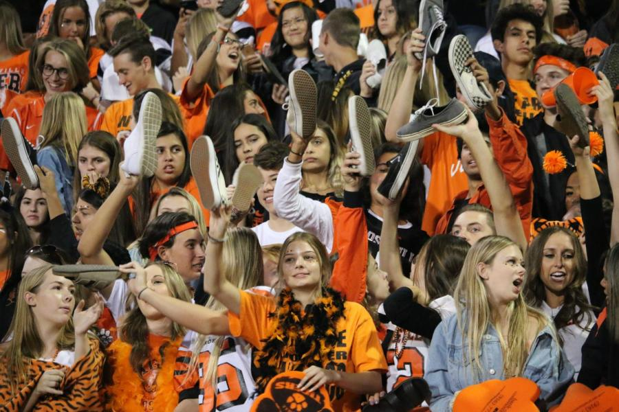 GALLERY: Tigers lose 40-0 in Homecoming game against Del Campo