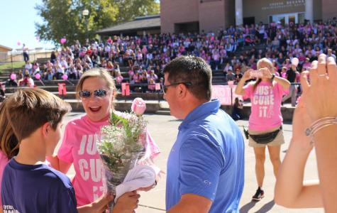 GALLERY: Student government hosts BCAM Pink Out Rally during one-lunch