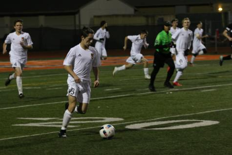 Boys soccer defeat Ponderosa, keeps first place position
