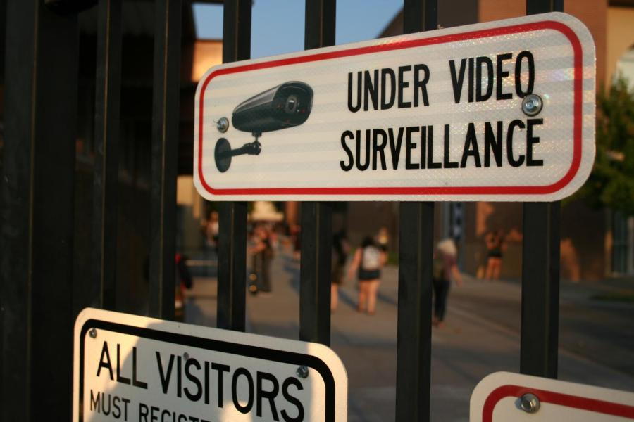 A+sign+posted+near+one+of+Roseville+High+School%E2%80%99s+entrance+gates+reads+%E2%80%9Cunder+video+surveillance.%E2%80%9D+Administrators+can+refer+to+camera+footage+to+verify+events+on+campus.++