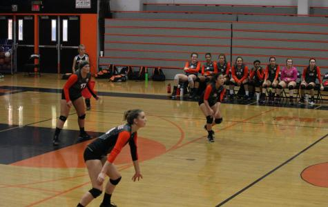 Varsity Volleyball triumphs over Oakmont