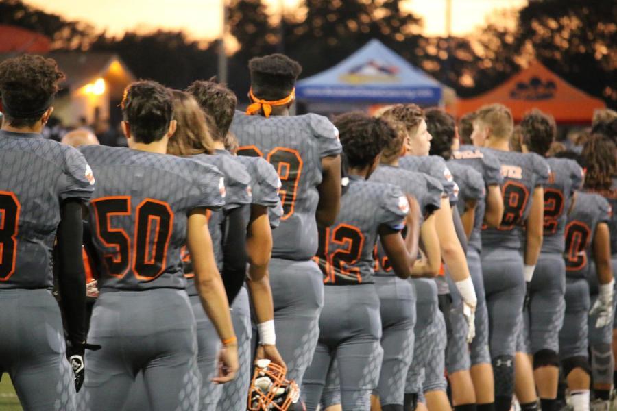 GALLERY: Varsity football falls to River Valley Falcons