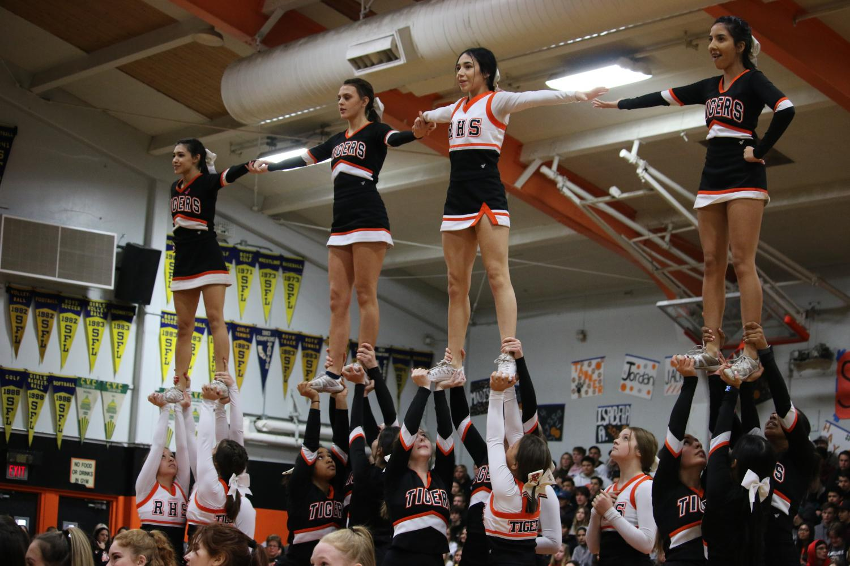 RHS+cheerleaders+perform+at+the+Casaba+rally.+